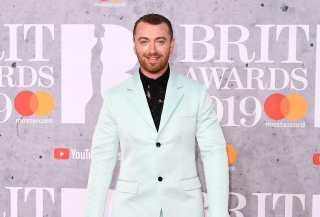 Brit Awards đề xuất loại bỏ hạng mục Nam/Nữ nghệ sĩ xuất sắc nhất - Ảnh 2.