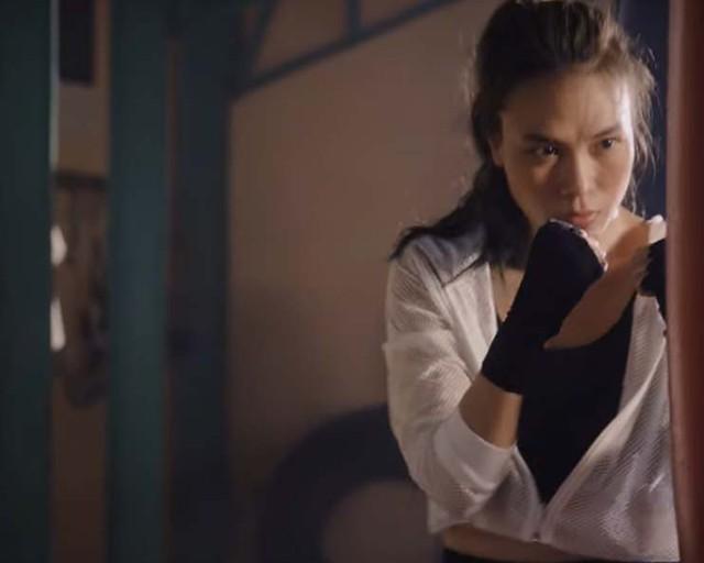 Mỹ Tâm bất ngờ hóa võ sĩ boxing trong MV mới - Ảnh 2.