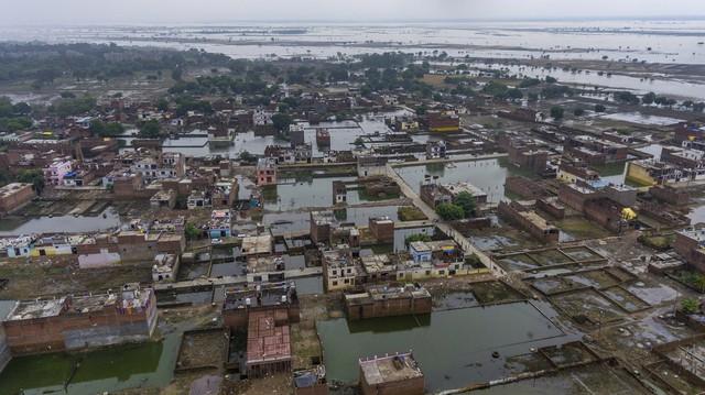 Lũ lụt nghiêm trọng tại Ấn Độ, ít nhất 44 người thiệt mạng - Ảnh 2.