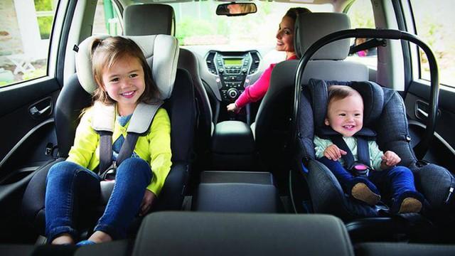 Mách bạn 6 mẹo đơn giản giúp trẻ không bị say xe - Ảnh 2.