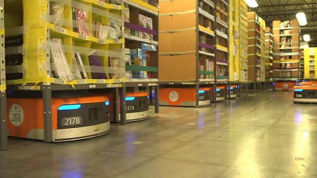 Trải nghiệm công việc tại nhà kho của Amazon - Ảnh 3.