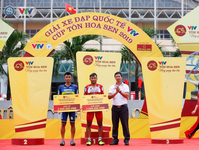 ẢNH: Những khoảnh khắc ấn tượng chặng 3 Giải xe đạp quốc tế VTV Cúp Tôn Hoa Sen 2019 - Ảnh 14.