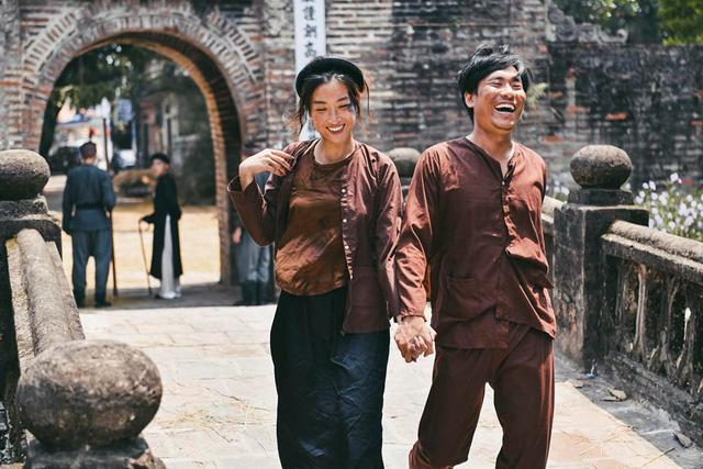 Lấy cảm hứng từ truyện ngắn Chí Phèo, Đức Phúc ra mắt MV Hết thương cạn nhớ - Ảnh 2.