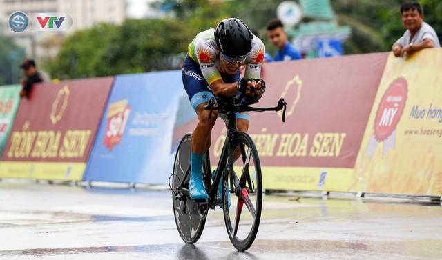 ẢNH: Những khoảnh khắc ấn tượng chặng 4 Giải xe đạp quốc tế VTV Cúp Tôn Hoa Sen 2019 - Ảnh 12.