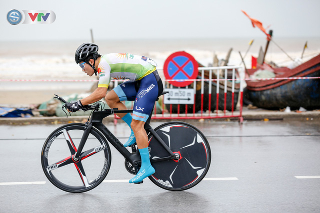 ẢNH: Những khoảnh khắc ấn tượng chặng 4 Giải xe đạp quốc tế VTV Cúp Tôn Hoa Sen 2019 - Ảnh 8.