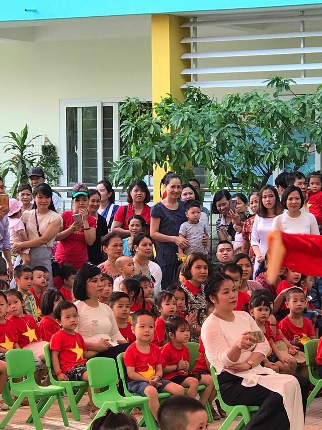 Rộn ràng không khí khai giảng năm học mới tại Hà Nội - Ảnh 11.