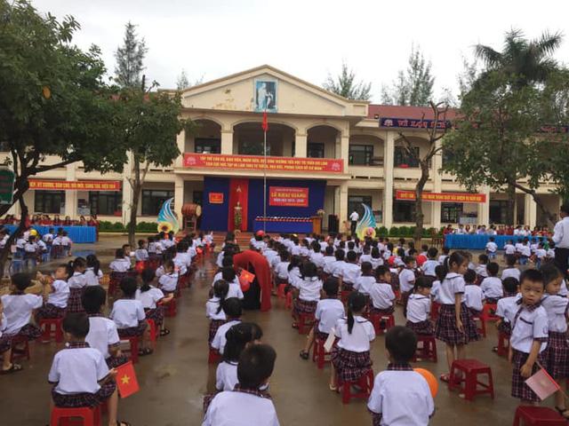 Rộn ràng không khí khai giảng năm học mới tại Hà Nội - Ảnh 13.