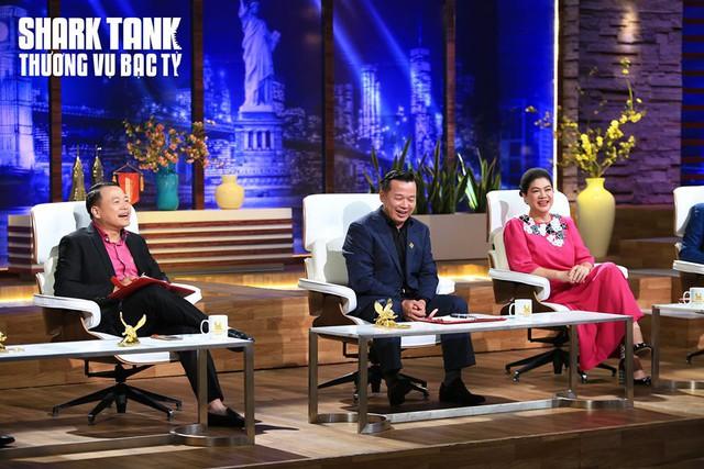 """Cô gái chuyển giới làm lay động các """"cá mập"""" Shark Tank Việt Nam - Ảnh 2."""