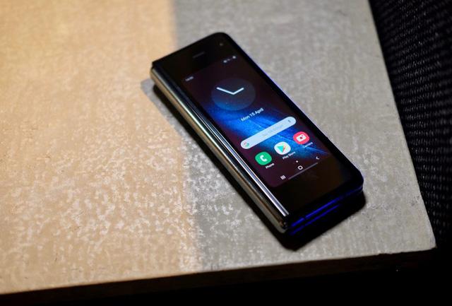Chính thức: Galaxy Fold sẽ bán ra từ ngày 6/9! - Ảnh 2.