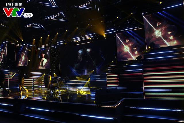 """Đạo diễn âm nhạc VTV Awards 2019 - Huy Tuấn: """"Truyền hình đã có khoảng lặng tốt để bùng nổ trở lại"""" - Ảnh 2."""