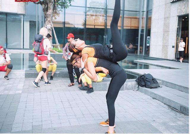 Hoa hậu Kỳ Duyên - Minh Triệu với những hình ảnh ngọt ngào tại Cuộc đua kỳ thú 2019 - Ảnh 13.