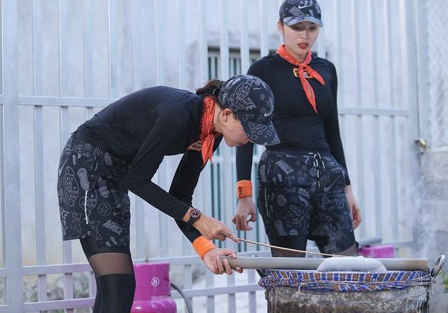 Hoa hậu Kỳ Duyên - Minh Triệu với những hình ảnh ngọt ngào tại Cuộc đua kỳ thú 2019 - Ảnh 24.