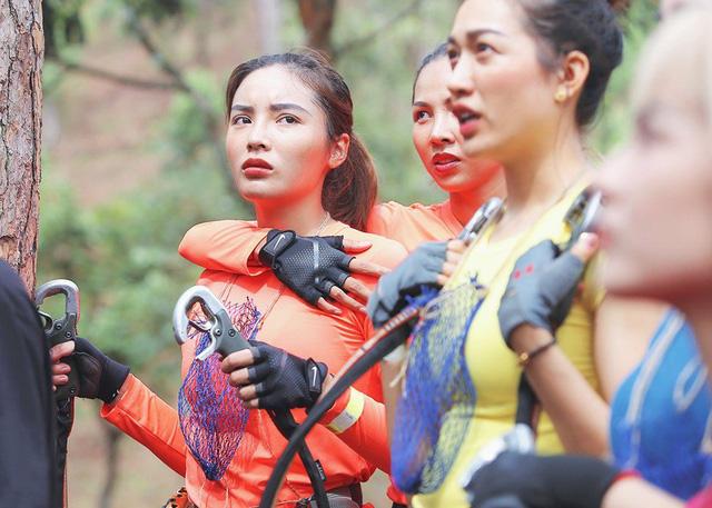 Hoa hậu Kỳ Duyên - Minh Triệu với những hình ảnh ngọt ngào tại Cuộc đua kỳ thú 2019 - Ảnh 15.
