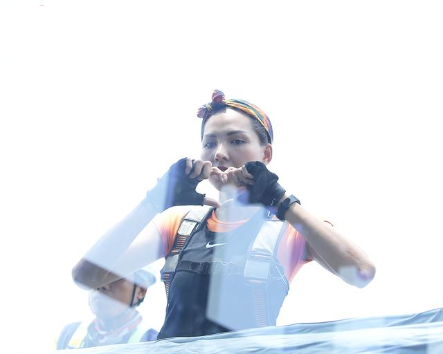 Hoa hậu Kỳ Duyên - Minh Triệu với những hình ảnh ngọt ngào tại Cuộc đua kỳ thú 2019 - Ảnh 11.