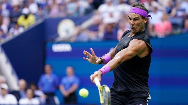 Thắng nghẹt thở Daniil Medvedev, Rafael Nadal lần thứ 4 vô địch Mỹ mở rộng - Ảnh 1.