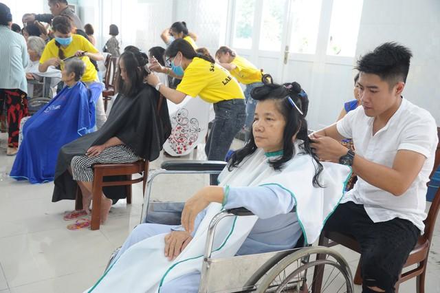 Ngày hội bệnh nhân tại Viện Y Dược học Dân tộc TPHCM - Ảnh 2.