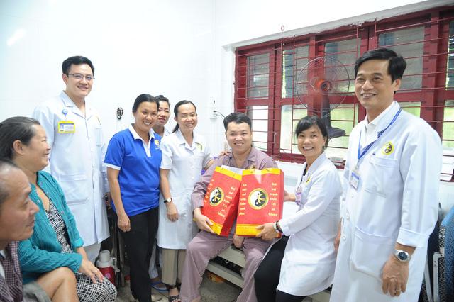 Ngày hội bệnh nhân tại Viện Y Dược học Dân tộc TPHCM - Ảnh 4.