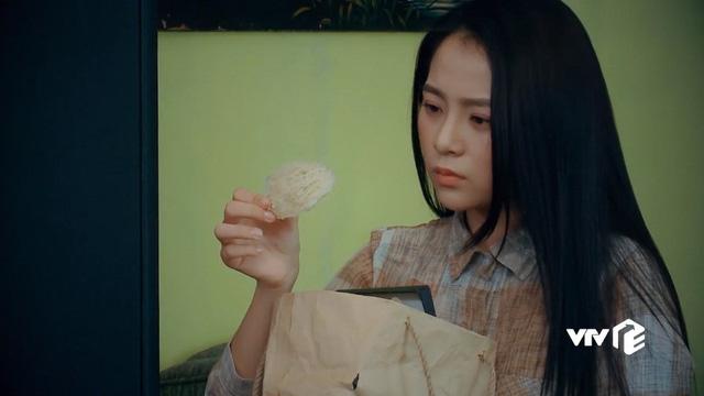Nước mắt loài cỏ dại - Tập 17: Dạ Thảo phát hiện bà Phương bớt xén tiền quỹ chung - Ảnh 5.