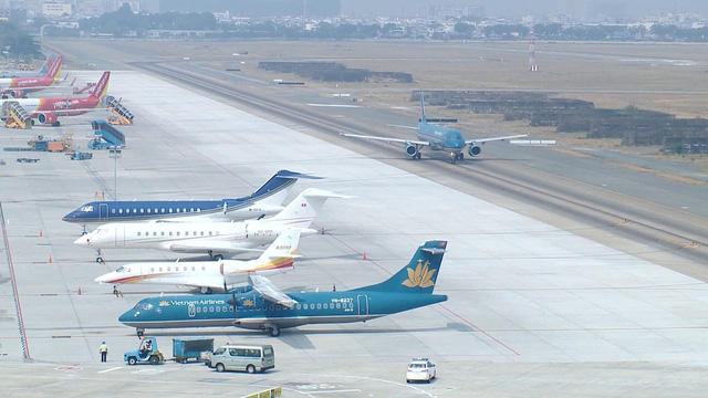 Các hãng hàng không chỉ mở bán vé giai đoạn từ 16/4 khi được Cục Hàng không cấp phép - Ảnh 1.
