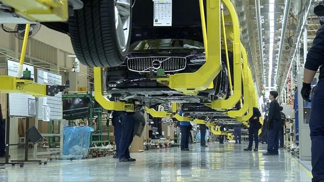 Doanh số bán ô tô ở châu Âu giảm kỷ lục trong tháng 3 - Ảnh 2.