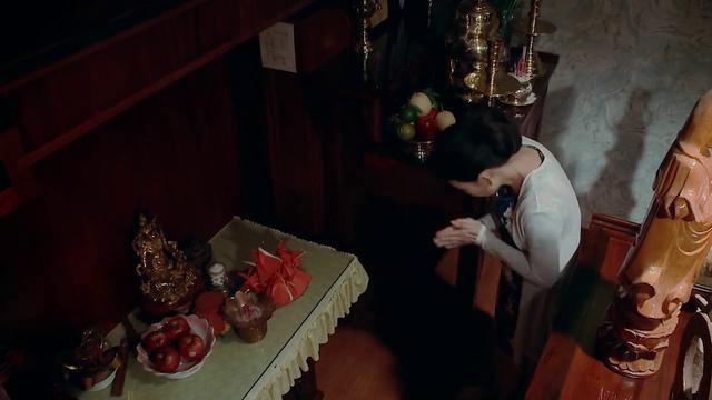 Nước mắt loài cỏ dại - Tập 18: Bà Phương (NSƯT Mỹ Uyên) trộm tượng vàng trong phòng thờ? - Ảnh 9.