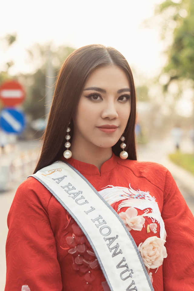 Á hậu Kim Duyên trao tặng 80 triệu đồng cho học sinh, sinh viên tại Cần Thơ - Ảnh 9.