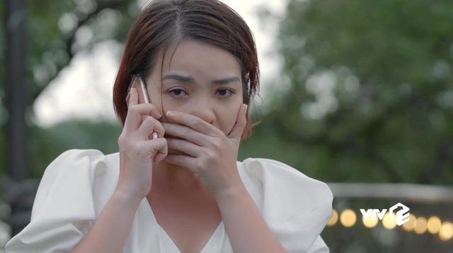 Tiệm ăn dì ghẻ - Tập 17: Từ ngôi sao nổi tiếng, Kim cay đắng nhận vai quần chúng, bị đánh ghen bầm dập - Ảnh 4.
