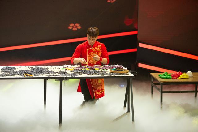 Hai nghệ nhân tò he Xuân Tung – Xuân Tùng được xác lập kỉ lục Việt Nam - Ảnh 1.