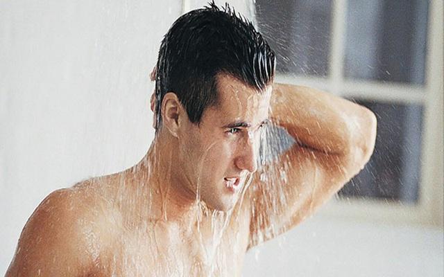 Thói quen giúp da không còn khô ráp, nứt nẻ trong mùa lạnh - Ảnh 2.