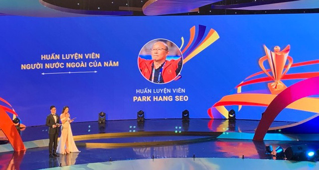 Cúp Chiến thắng 2019: HLV Park Hang-seo và ĐT U22 Việt Nam thắng lớn - Ảnh 1.