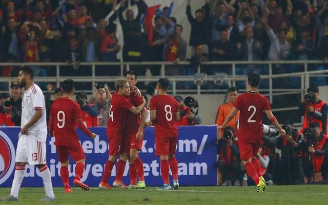 FIFA hỗ trợ bóng đá Việt Nam 1,5 triệu USD - Ảnh 2.