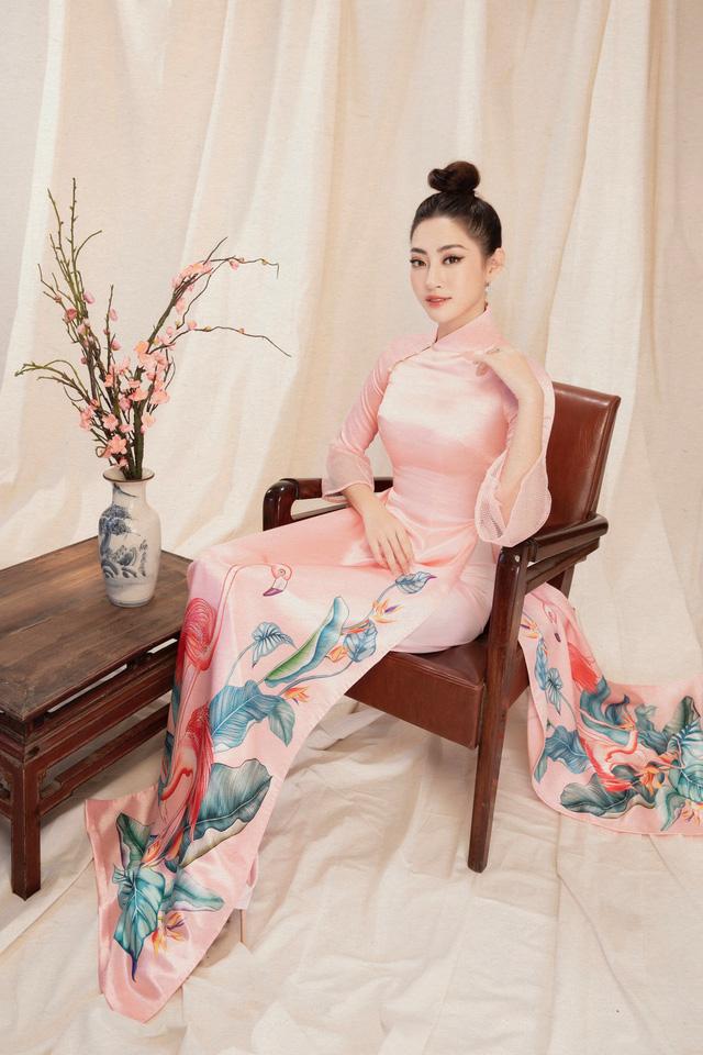 Lương Thùy Linh đẹp say lòng người với bộ ảnh áo dài Tết - ảnh 3