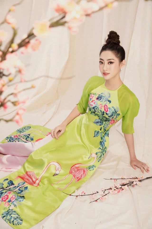 Lương Thùy Linh đẹp say lòng người với bộ ảnh áo dài Tết - ảnh 5