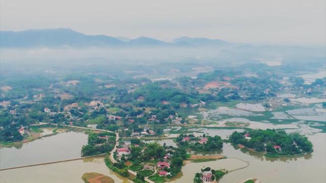Thăm làng nuôi cá chép đỏ Thủy Trầm - Ảnh 1.