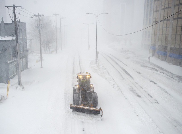 Bão tuyết nghiêm trọng tại Canada - Ảnh 2.