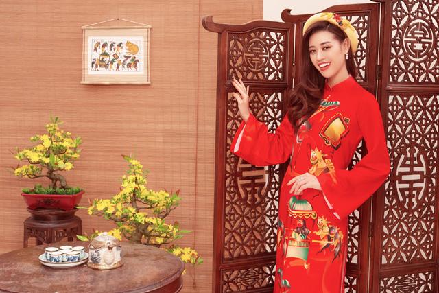 hoa hau khanh vanao dai by thuy nguyen 1579415308938440704227 Ngẩn ngơ ngắm bộ ảnh chúc xuân Canh Tý 2020 của dàn Hoa hậu Hoàn vũ Việt Nam