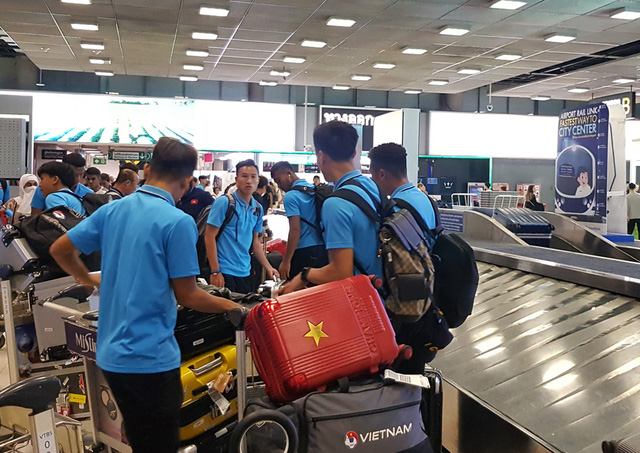 U23 Việt Nam đã có mặt tại Thái Lan, chính thức bước vào chiến dịch VCK U23 châu Á 2020 - Ảnh 8.