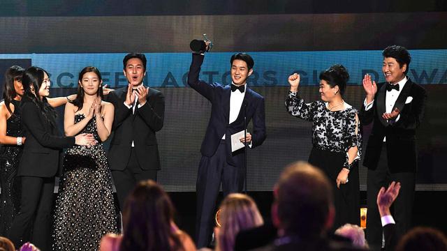 """""""Ký sinh trùng"""" thắng lớn tại lễ trao giải SAG Awards 2020 - Ảnh 1."""