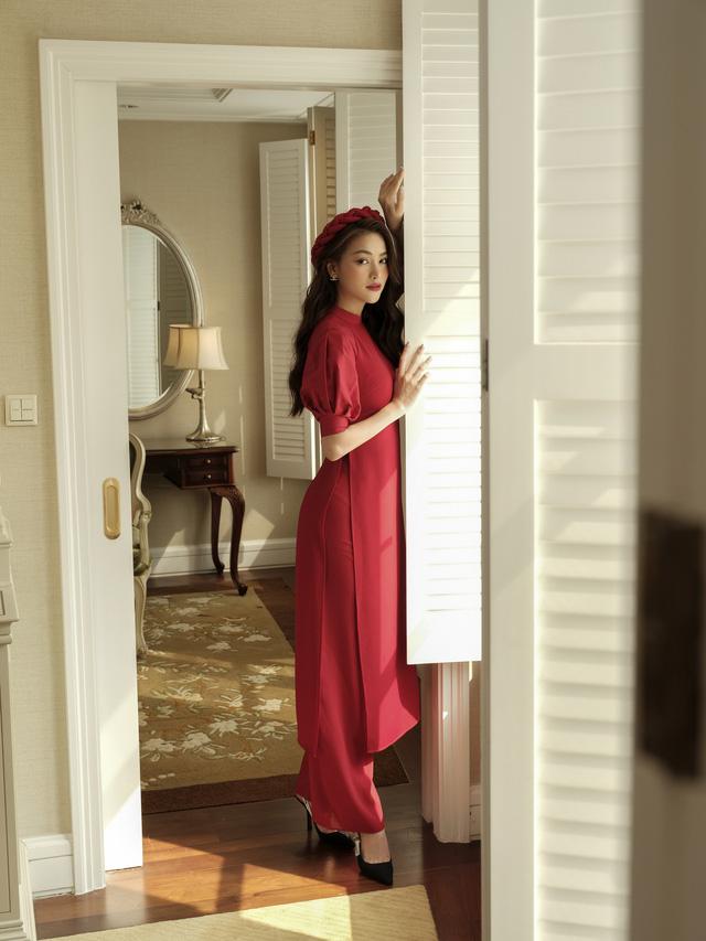 Phương Khánh hoá tiểu thư ngọc ngà trong bộ ảnh áo dài Tết - Ảnh 2.