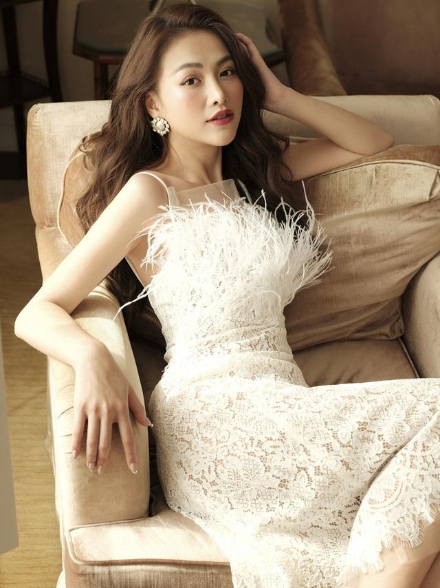 Phương Khánh hoá tiểu thư ngọc ngà trong bộ ảnh áo dài Tết - Ảnh 4.