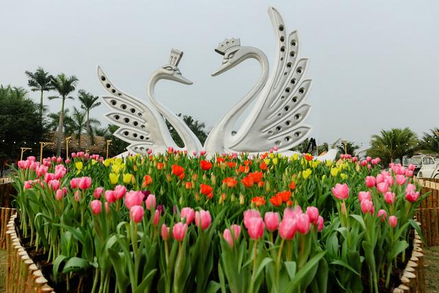 Tham quan 7 nền văn hóa thế giới ngay gần Thủ đô dịp Tết Canh Tý 2020 - Ảnh 2.