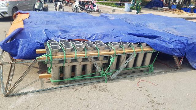 Cận cảnh trận địa pháo hoa tầm cao phục vụ đêm Giao thừa 2020 tại Hà Nội - ảnh 5