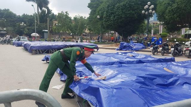 Cận cảnh trận địa pháo hoa tầm cao phục vụ đêm Giao thừa 2020 tại Hà Nội - ảnh 3