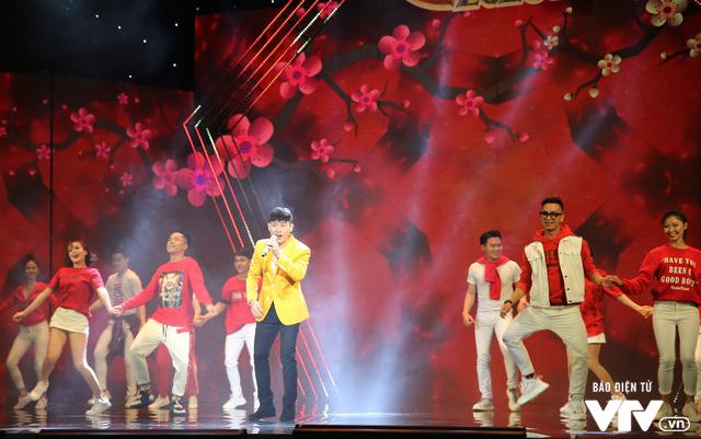 Hé lộ dàn ca sĩ góp mặt trong Gala cười 2020 - Ảnh 1.
