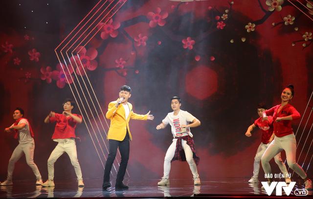 Hé lộ dàn ca sĩ góp mặt trong Gala cười 2020 - Ảnh 2.