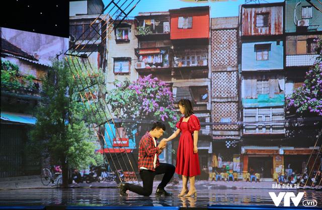 Gala cười 2020: Nguyệt Hằng dẫn chồng khờ đi hỏi vợ cho con trai - Ảnh 3.