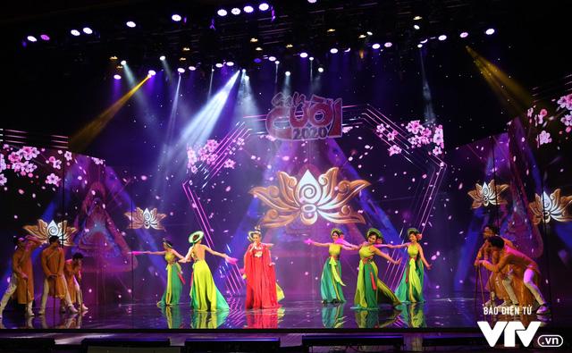 Hé lộ dàn ca sĩ góp mặt trong Gala cười 2020 - Ảnh 9.