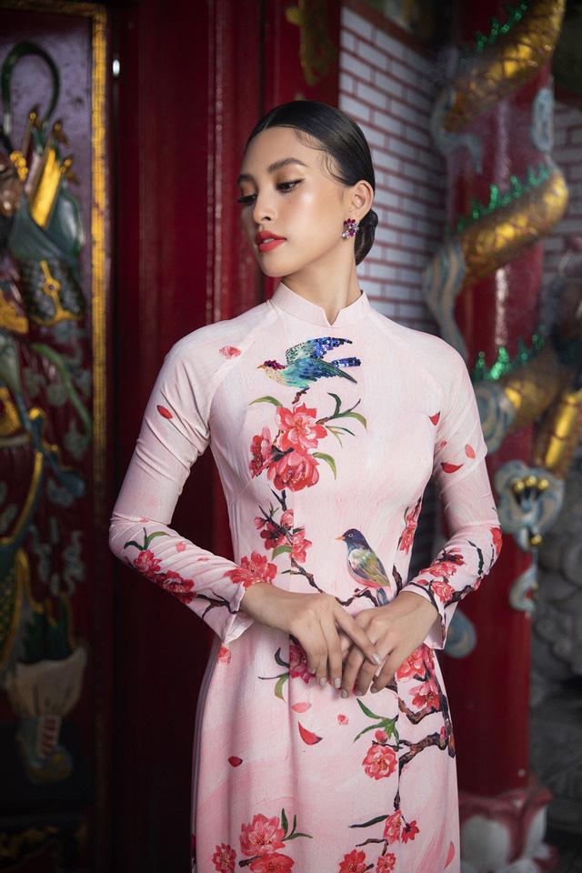 Hoa hậu Tiểu Vy khoe sắc mặn mà trong tà áo dài đón Tết - Ảnh 7.