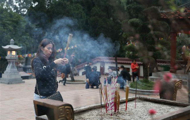 Khai hội chùa Hương 2020: Lễ hội kỷ cương - văn minh du lịch - Ảnh 1.