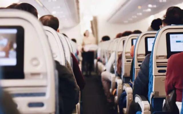 Đâu là chỗ an toàn nhất trên máy bay để tránh nhiễm virus corona? - Ảnh 1.